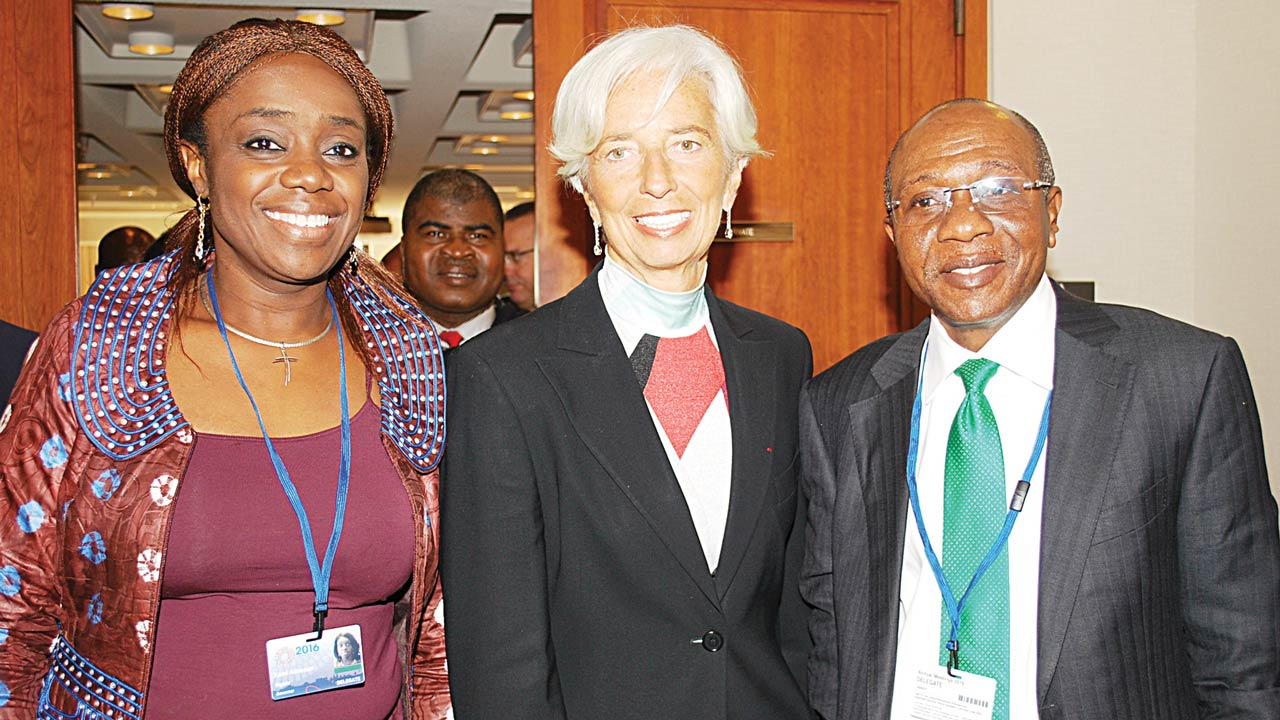 Minister for Finance, Mrs. Kemi Adeosun (left), Managing Director, International Monetary Fund (IMF), Christine Lagarde and Governor, Central Bank of Nigeria (CBN), Mr. Godwin Emefiele during their courtesy visit to the IMF headquarters in Washington…yesterday