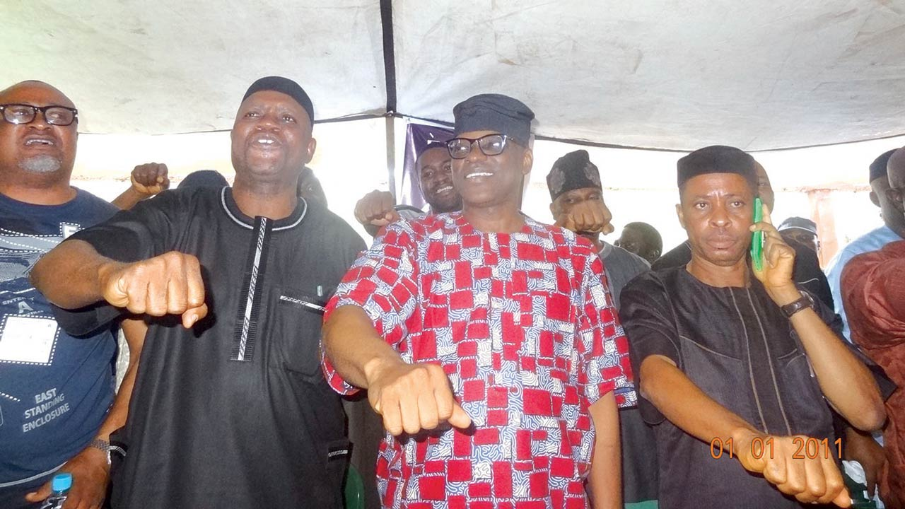 Former Chairman, Ondo State Oil Producing Areas Development Commission, Mr. Debo Ajimuda (left), the Chief of Staff to Ondo State governor, Dr. Kola Ademujimi, Ondo State PDP governorship candidate, Mr. Eyitayo Jegede, and Chairman, Ondo Local Government Service Commission, Mr. Taye Akinyele, at a PDP campaign in Igbokoda