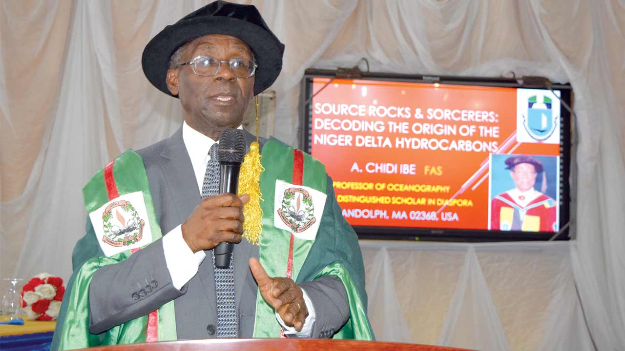 Professor Oyewale Tomori, President Nigeria Academy of Science delivering his address
