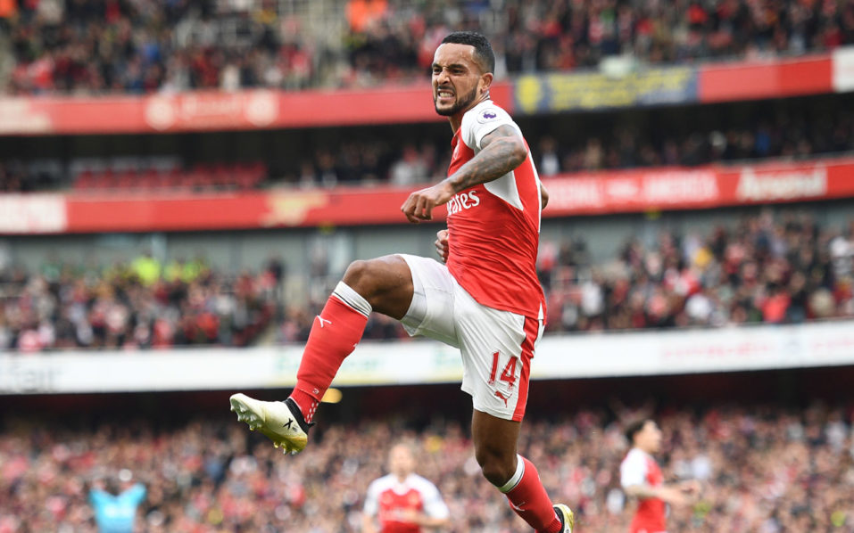 Arsenal's English midfielder Theo Walcott  / AFP PHOTO / Justin TALLIS /