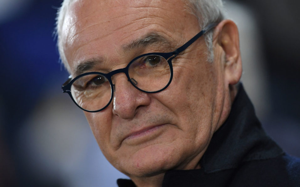 Leicester City's Italian manager Claudio Ranieri watches ahead of the UEFA Champions League group G football match between Leicester City and Club Brugge at the King Power Stadium in Leicester, central England on November 22, 2016. / AFP PHOTO / Paul ELLIS