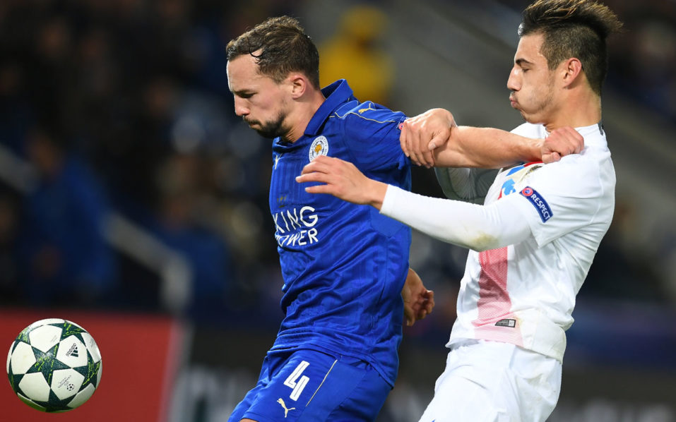 Club Brugge's Belgian defender Dion Cools vies with Leicester City's English midfielder Danny Drinkwaterduring the UEFA Champions League group G football match between Leicester City and Club Brugge at the King Power Stadium in Leicester, central England on November 22, 2016. Leicester won the match 2-1. / AFP PHOTO / Paul ELLIS