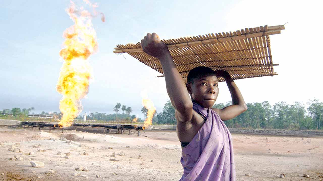 Gas flaring. PHOTO: www.gasflaretracker.ng