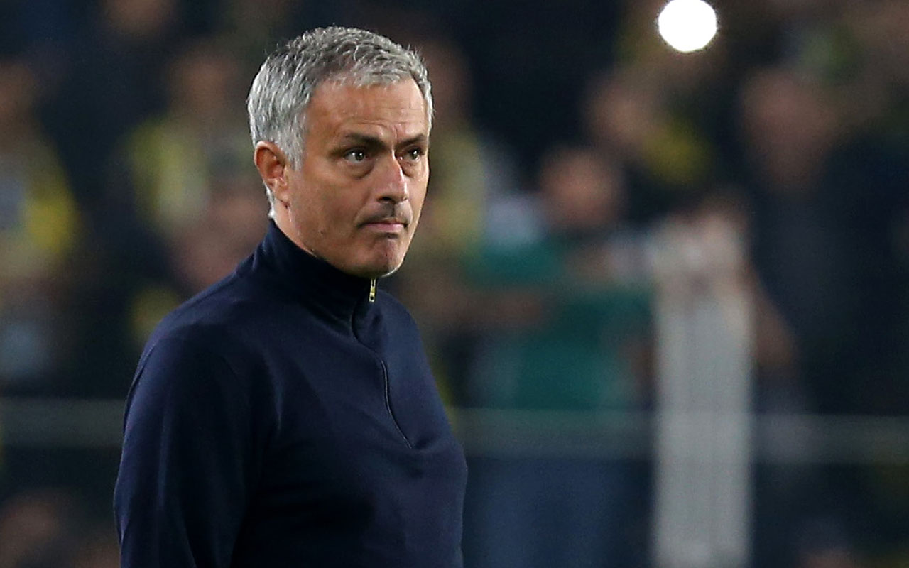 Manchester United's Portuguese head coach Jose Mourinho/ AFP PHOTO / STR