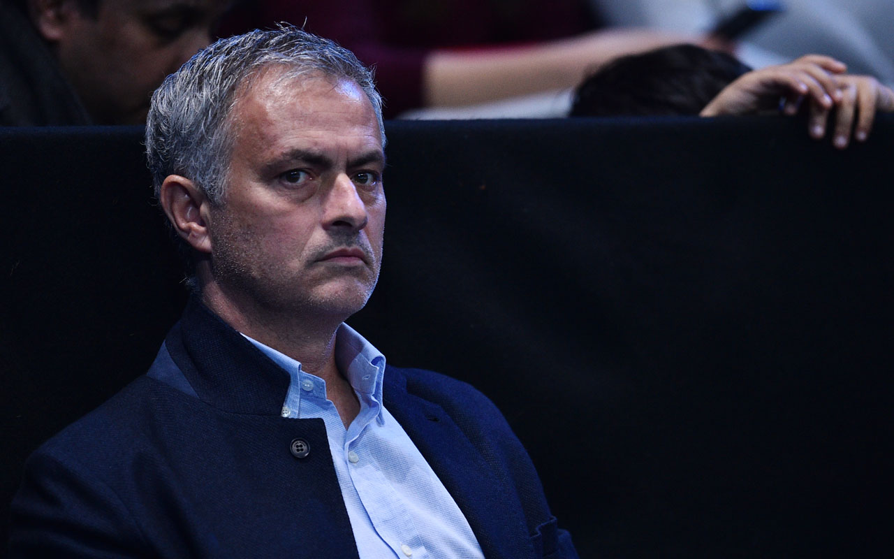 Manchester United coach Jose Mourinho / AFP PHOTO / GLYN KIRK