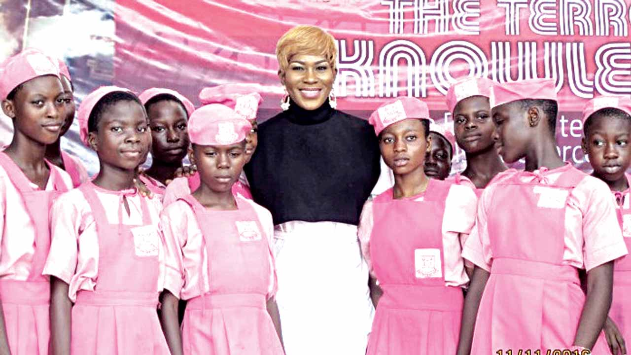 Stephanie Linus in a photo after her mentoring session with them at the event
