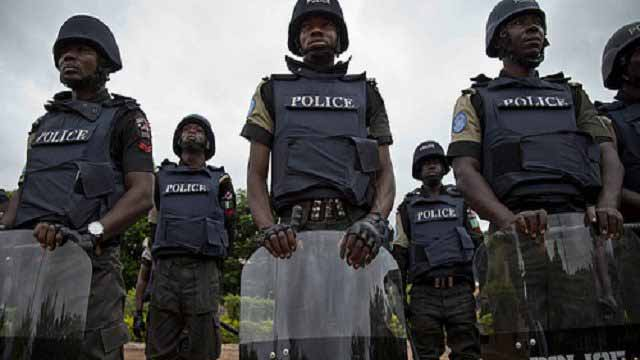 nigerian-police-recruitment-640x431