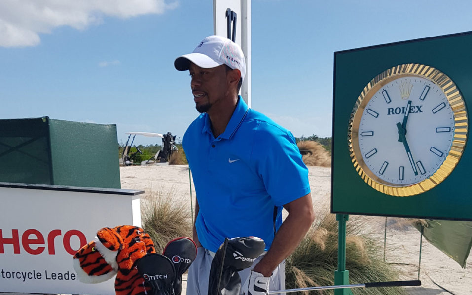 US golfer Tiger Woods is pictured ahead of a training session at Nassau's Albany Club in the Bahamas, on November 28, 2016. Tiger Woods delivered a strong indication he is ready for his comeback after a 16-month layoff when out-driving Olympic champion Justin Rose at Nassau's Albany Club in the Bahamas on Monday. / AFP PHOTO / BERNIE MCGUIRE
