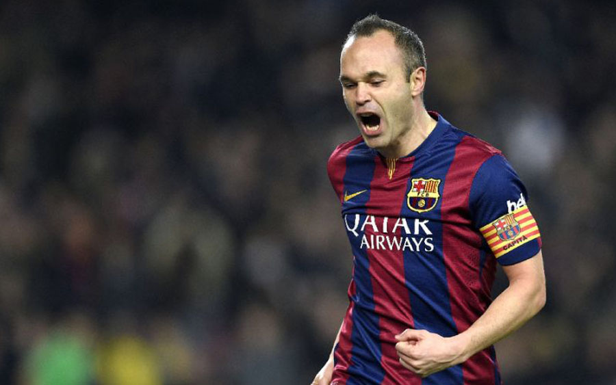 Barcelona's midfielder Andres Iniesta has been given the all clear for the Champions League second leg quarter-final (AFP Photo/Lluis Gene)