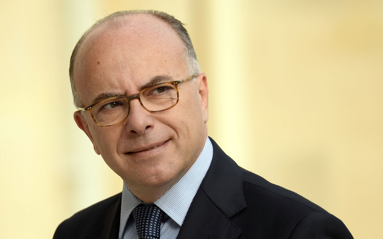 French Interior Minister Bernard Cazeneuve arriving at the Elysee Palace in Paris. French Interior Minister Bernard Cazeneuve was appointed as the new prime minister on December 6, 2016 after Manuel Valls resigned to seek the Socialist nomination in the presidential election, the presidency said. / AFP PHOTO / BERTRAND GUAY