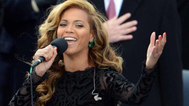 Nigerians applaud Beyonce for honouring Fela, Chimamanda at Coachella