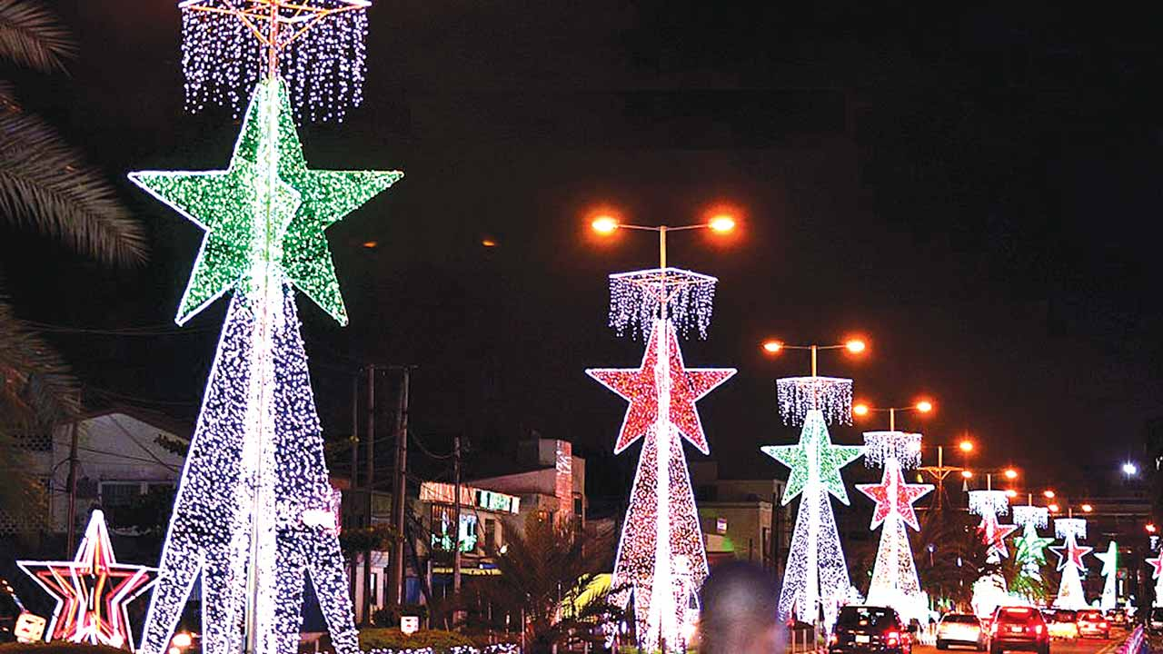 Christmas lights beautifying Ajose Adeogun Street in Victoria Island, Lagos. The decoration was powered by Zenith Bank Plc. PHOTO: JIDE SIMPSON