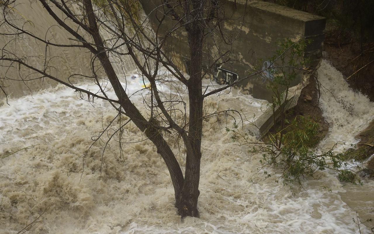 Flood / AFP PHOTO / JOSE JORDAN