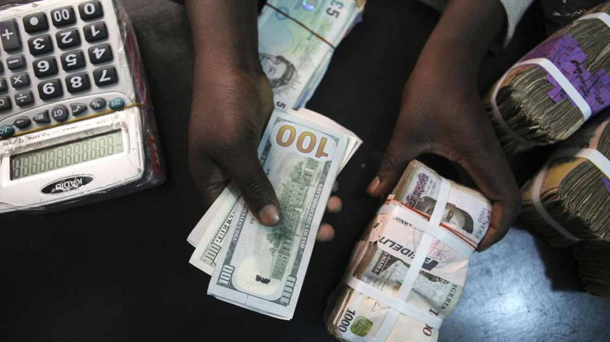 Experts hinge economic performance on improved forex