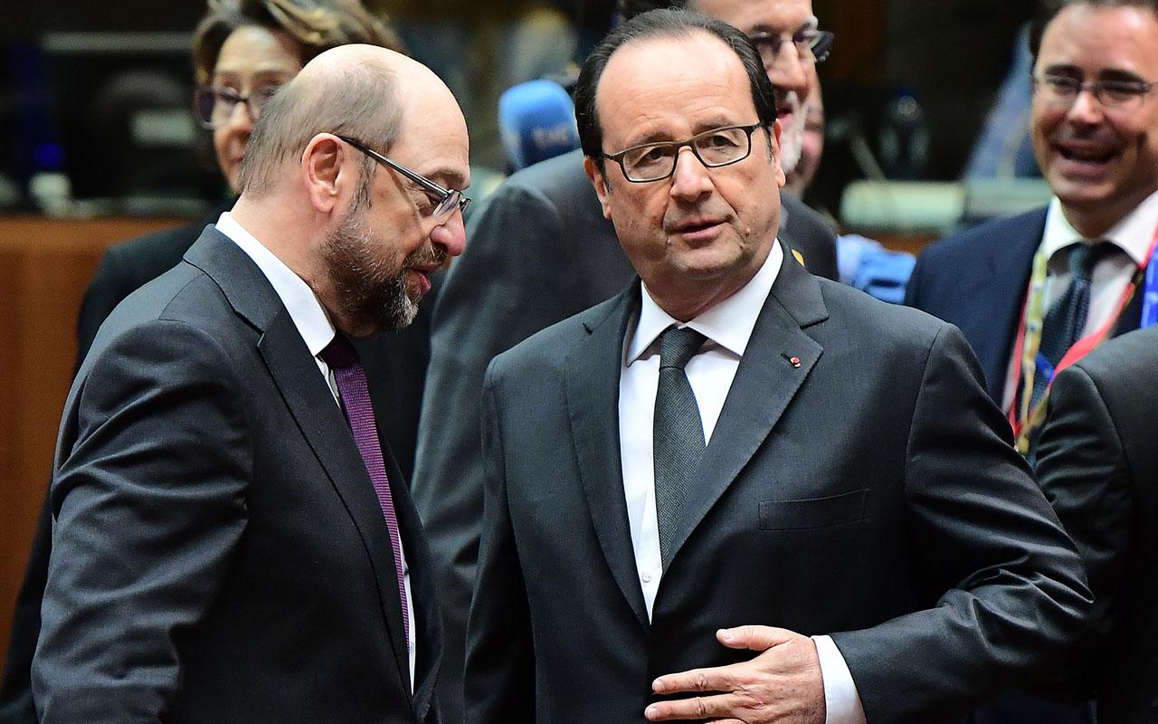 French President  Francois Hollande speak   / AFP PHOTO / EMMANUEL DUNAND