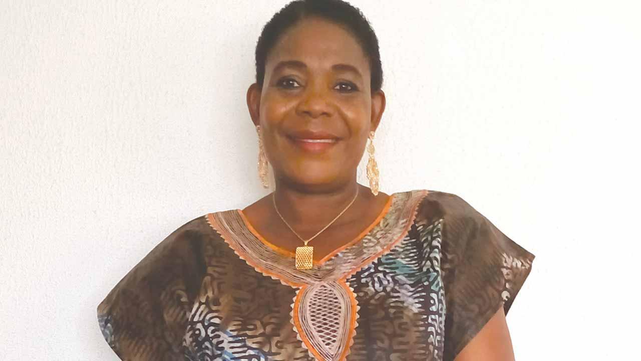 Lola Akande