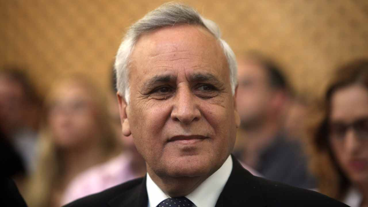 This file photo taken on May 11, 2011 shows Israel's former president Moshe Katsav at Israel's Supreme Court in Tel Aviv. An Israeli parole board on December 18, 2016, ordered ex-president Moshe Katsav freed from prison after serving five years of a seven-year term for rape and other sexual offences, his lawyer said. LIOR MIZRAHI / POOL / AFP