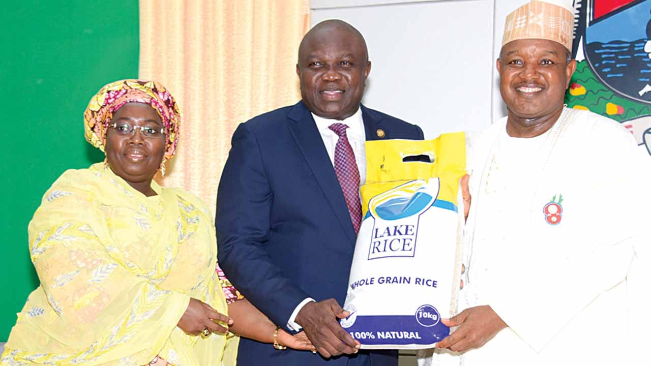 Lagos State Governor Akinwunmi Ambode (middle) with his Kebbi State counterpart, Atiku Bagudu (right) and Deputy Governor Oluranti Adebule (left) during the launching of Lake Rice at Lagos House, Ikeja…yesterday
