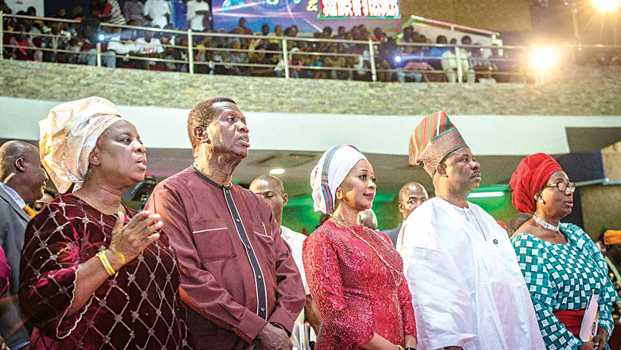 Wife of the General Overseer, Redeemed Christian Church of God (RCCG), Pastor (Mrs.) Folu Adeboye, General Overseer, RCCG, Pastor Enoch Adeboye, wife of the Ogun State Governor, Dr. (Mrs.) Foluso Amosun, Governor Ibikunle Amosun and wife of former President Obasanjo, at the Ogun State 2016 Carol held in Abeokuta...yesterday