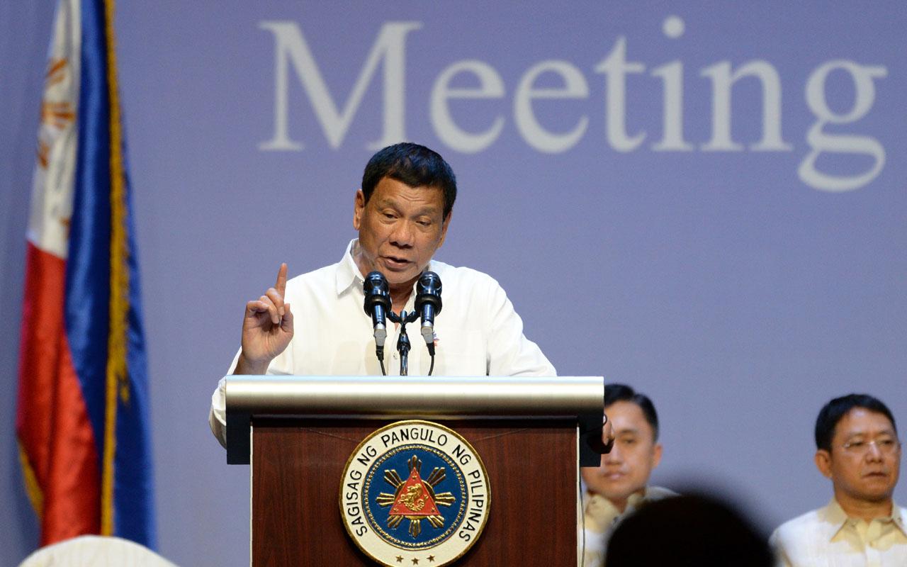 Philippines President Rodrigo Duterte  / AFP PHOTO / ROSLAN RAHMAN /