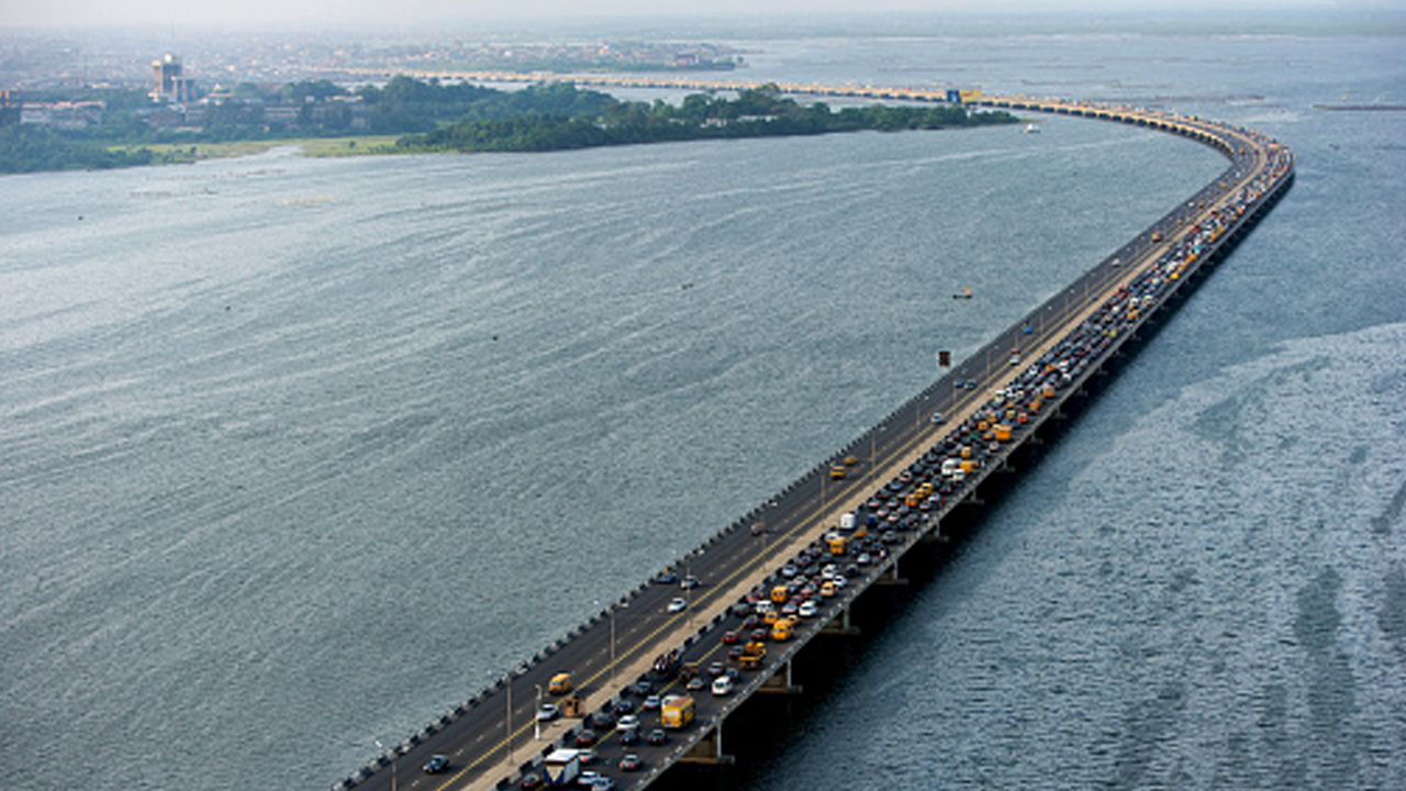 Federal Government allays fear on Third Mainland Bridge collapse