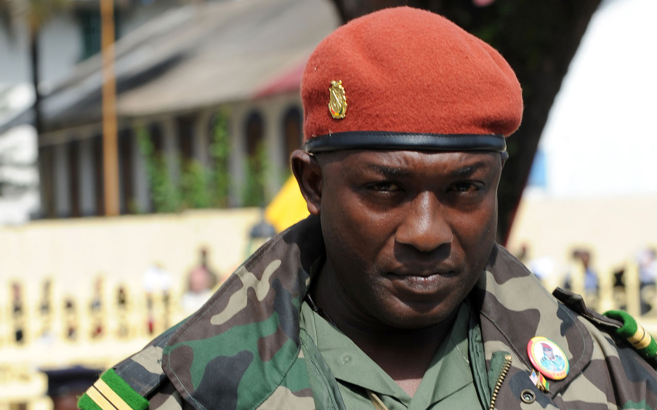 Toumba Diakite, aide to Guinea's military ruler Captain Moussa Dadis Camara, at the Martyrs Square of Conakry during Independence Day ceremonies. Diakite, who has been a fugitive since December 2009, has been arrested in Dakar, sources said on December 20, 2016. / AFP PHOTO / Seyllou