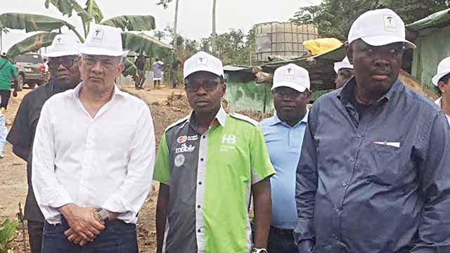 Minister of State for Agriculture, Heineken Lokpobiri (left); Divisional Head, Project and Development Finance of Heritage Bank Plc, Dele Faseemo and the Chairman, Triton Group, Ashin Samtani, during a tour at Triton Aqua Africa farm sites at Gambari town in Oyo State.