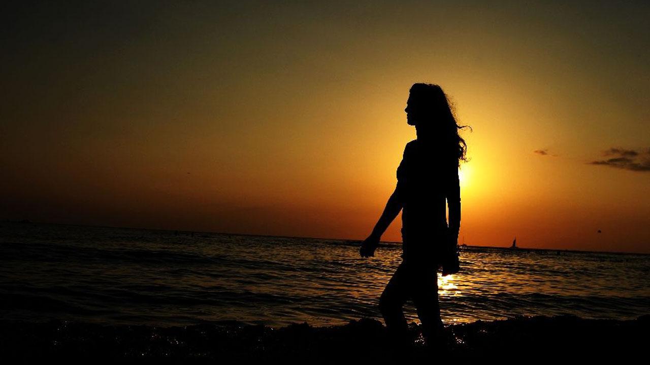Naked women at sunset something
