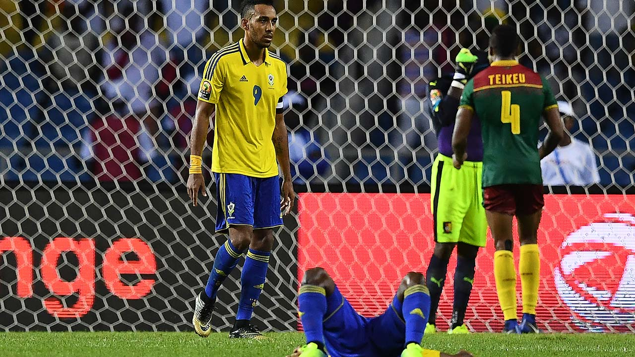 Gabon's forward Pierre-Emerick Aubameyang reacts at the end of the 2017 Africa Cup of Nations group A football match between Cameroon and Gabon at the Stade de l'Amitie Sino-Gabonaise in Libreville on January 22, 2017. GABRIEL BOUYS / AFP
