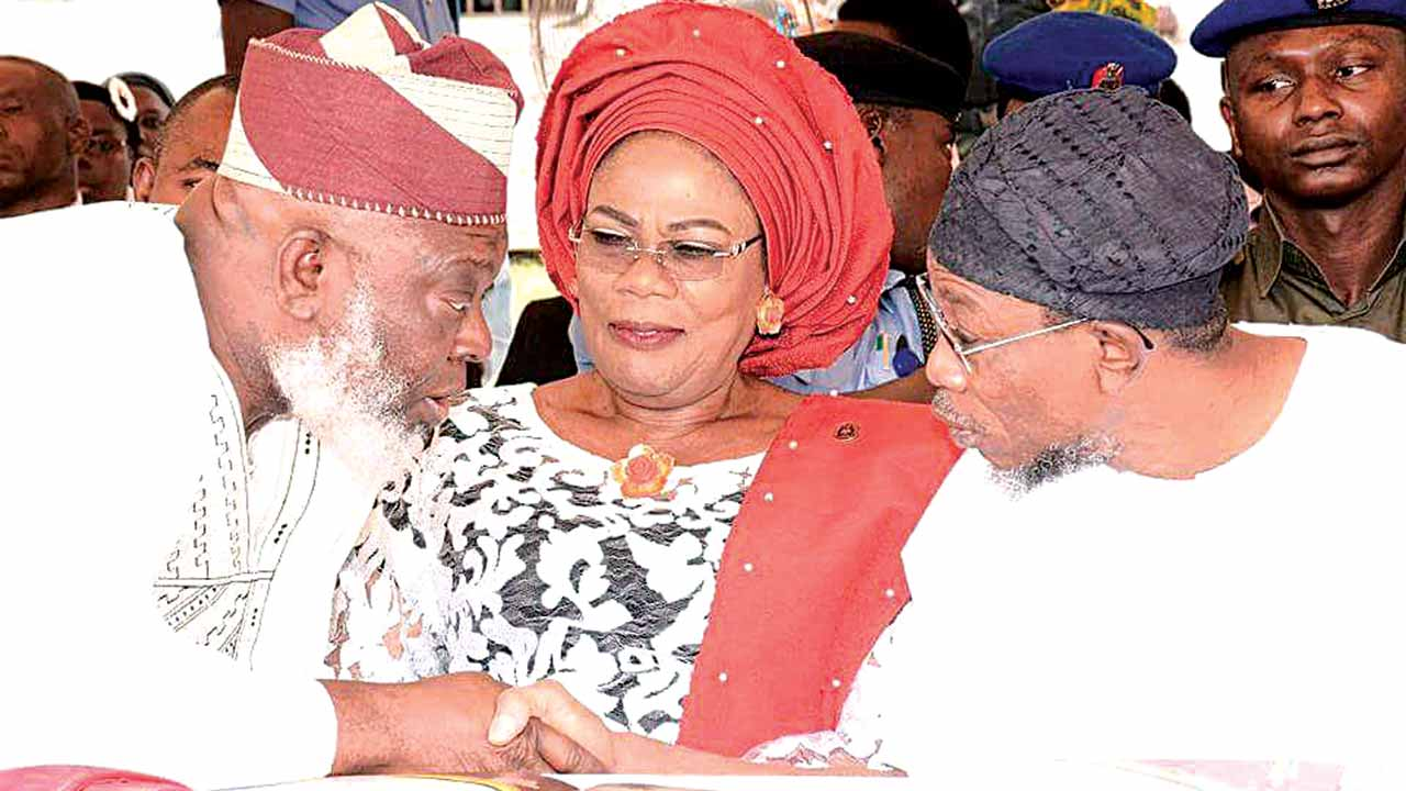 Osun State Governor, Rauf Aregbesola (right); his Deputy, Titilayo Laoye-Tomori and the Deputy Speaker of the state House of Assembly, Akintunde Adegboye during an inter-religious service for the new year at the Governor's Office in Osogbo…yesterday.