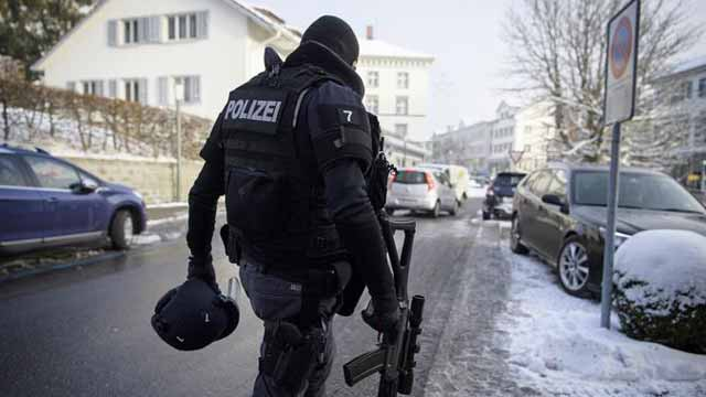 switzerland-police