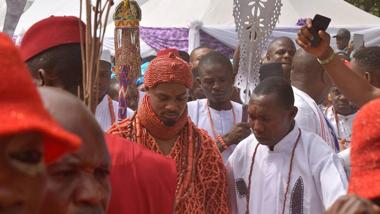 coronation-pictures-obi-nduka-ezeagwuna-ii-crowned-20th-obi-of-issele-uku-30