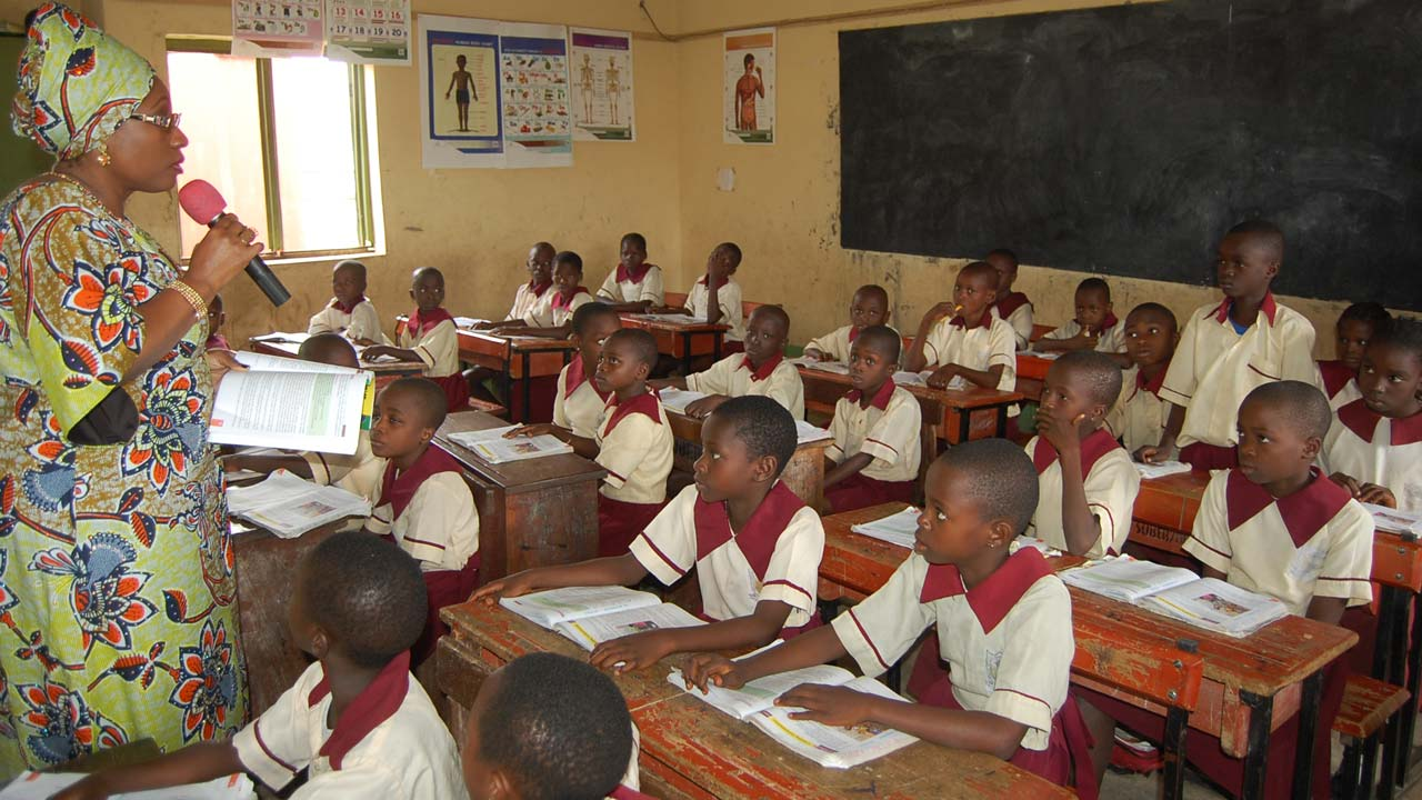 The Nigeria Union of Teachers (NUT), has cautioned the Federal Government against the planned return of primary schools to local councils, saying that no local council currently has the financial capability to fund education.