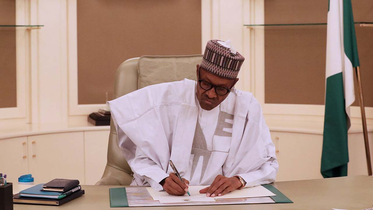 POLITICS: Buhari appoints 24 new heads of government agencies