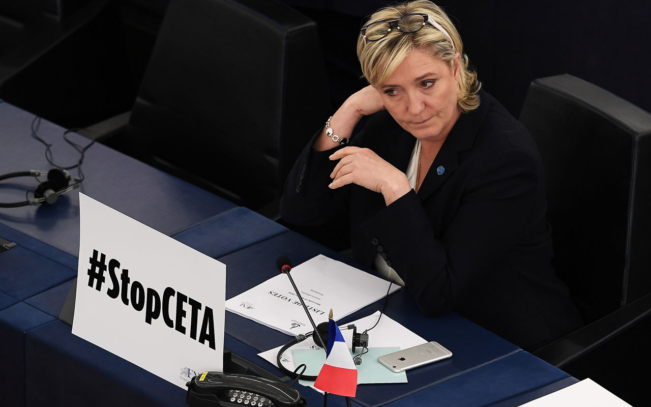 French prosecutor asks MEPs to lift Marine Le Pen's immunity