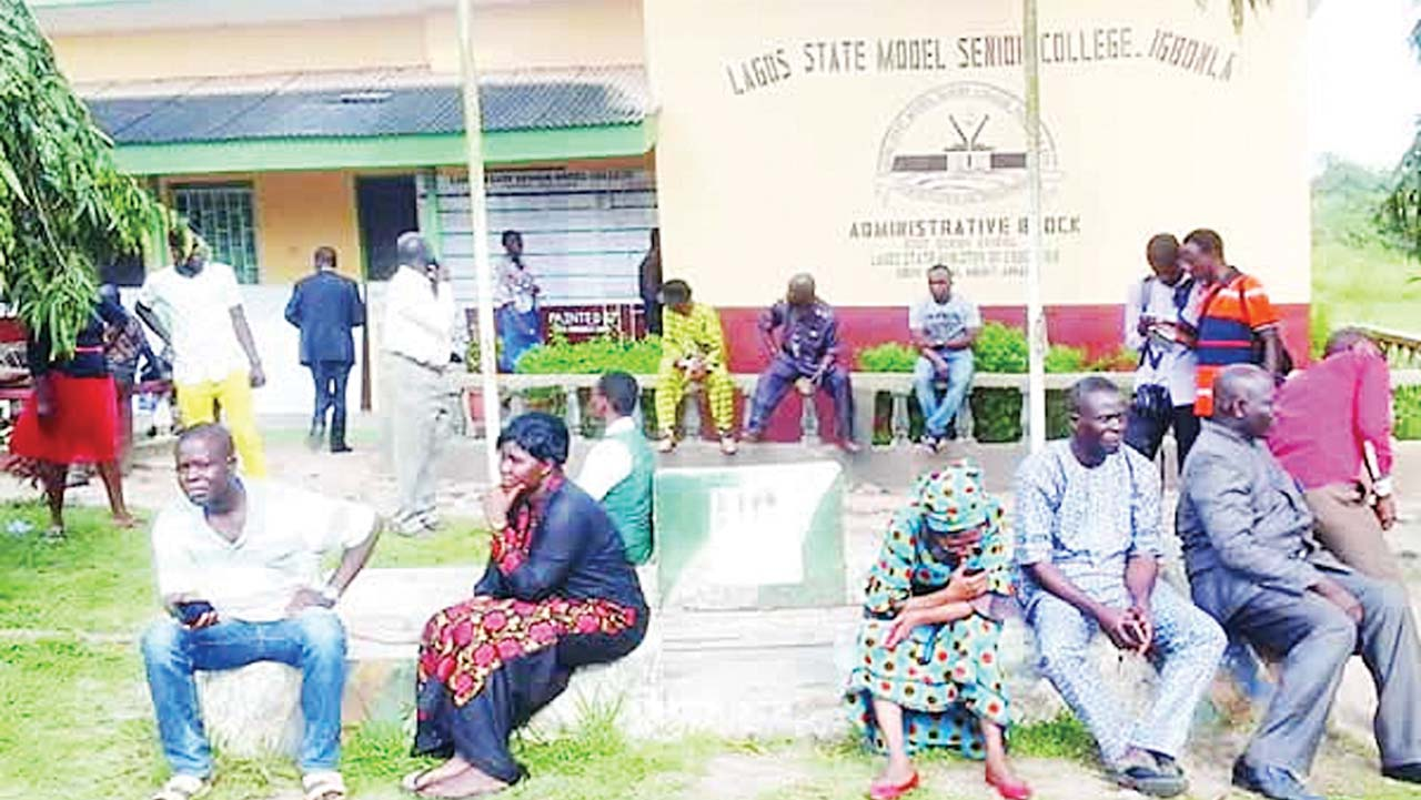 Again, suspected militants kidnap six students in Epe:Simple_mind