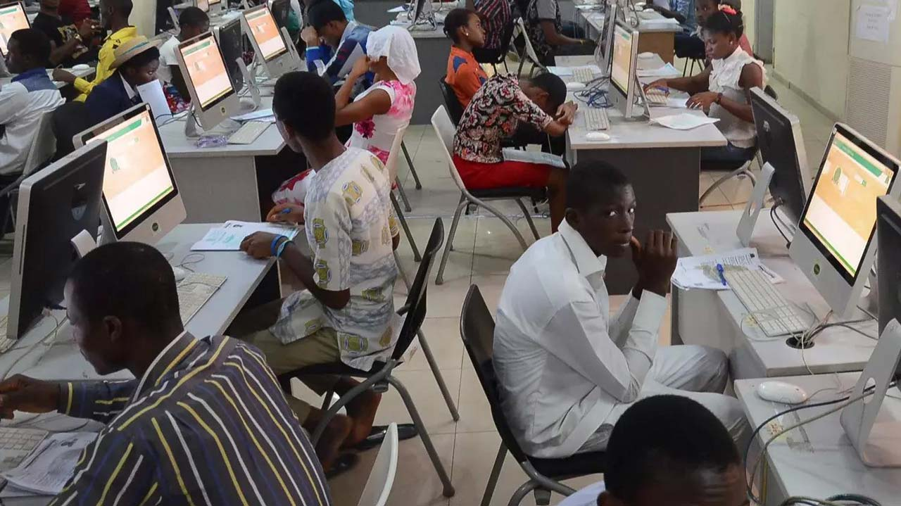 EDUCATION : 2018 UTME: Candidates complain over use of computer