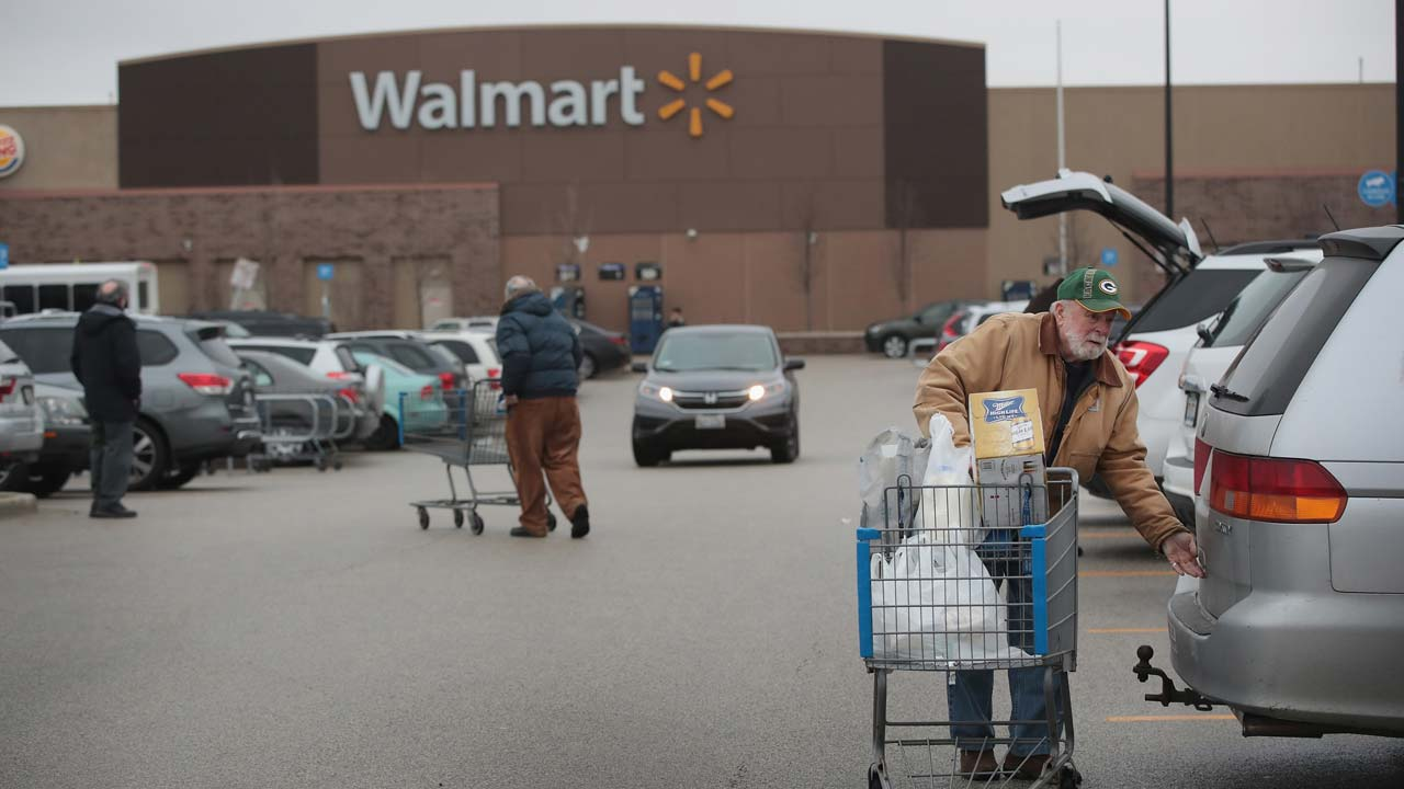 Wal-Mart CEO to be questioned in US lawsuit over Mexican bribery