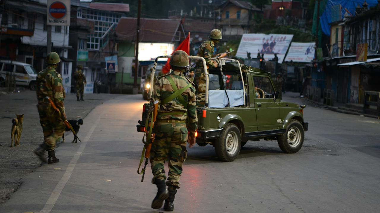 Clashes amid Eid celebrations in Kashmir as HM Singh hoping for peace