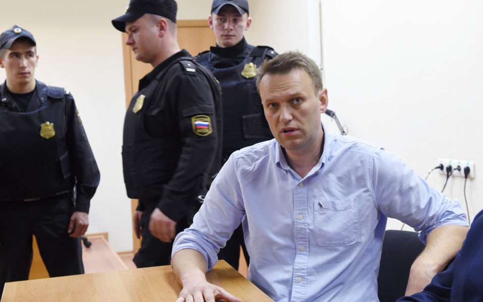 Putin accuses BBC of supporting opposition leader Navalny