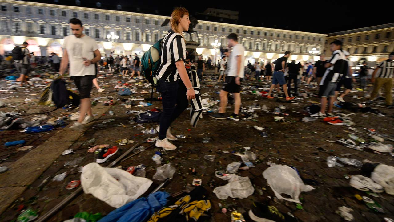 Panicked Fans Scatter in Turin After Champions League Soccer Match