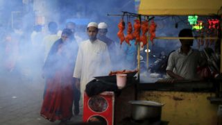 India mob kills Muslim teen in beef row, one arrested