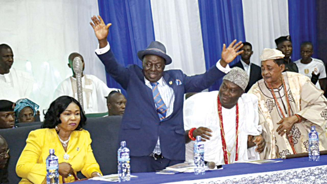 When Afe Babalola brought Ooni, Alaafin and Ogunsua to dance of peace