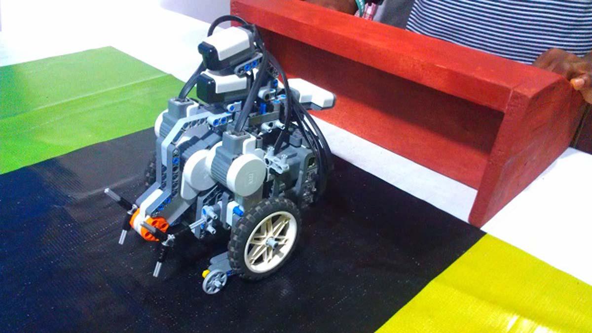 Five students to represent Nigeria at 2019 robotics olympics