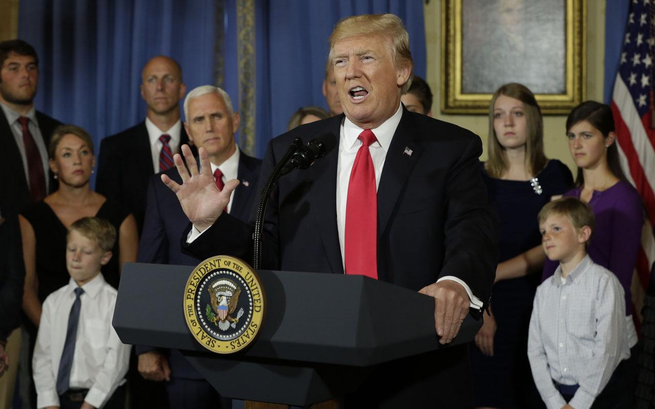 Trump begins 17-day vacation