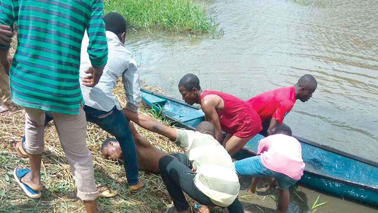 Futa Pictures with two students drown in futa pond when snapping selfie — nigeria