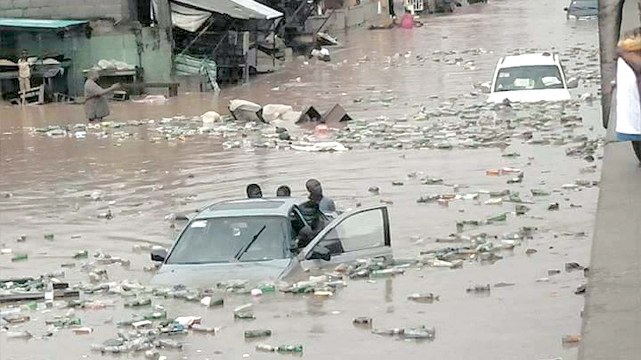 Lagos alerts residents to looming floods.