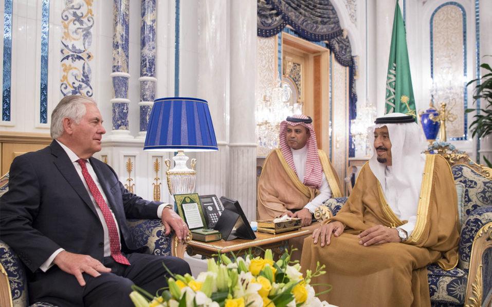 Tillerson meets Arab ministers over Qatar boycott