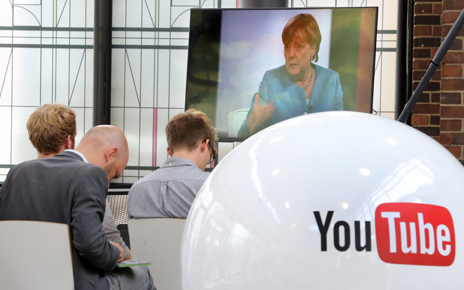 Merkel reaches out to young voters on YouTube