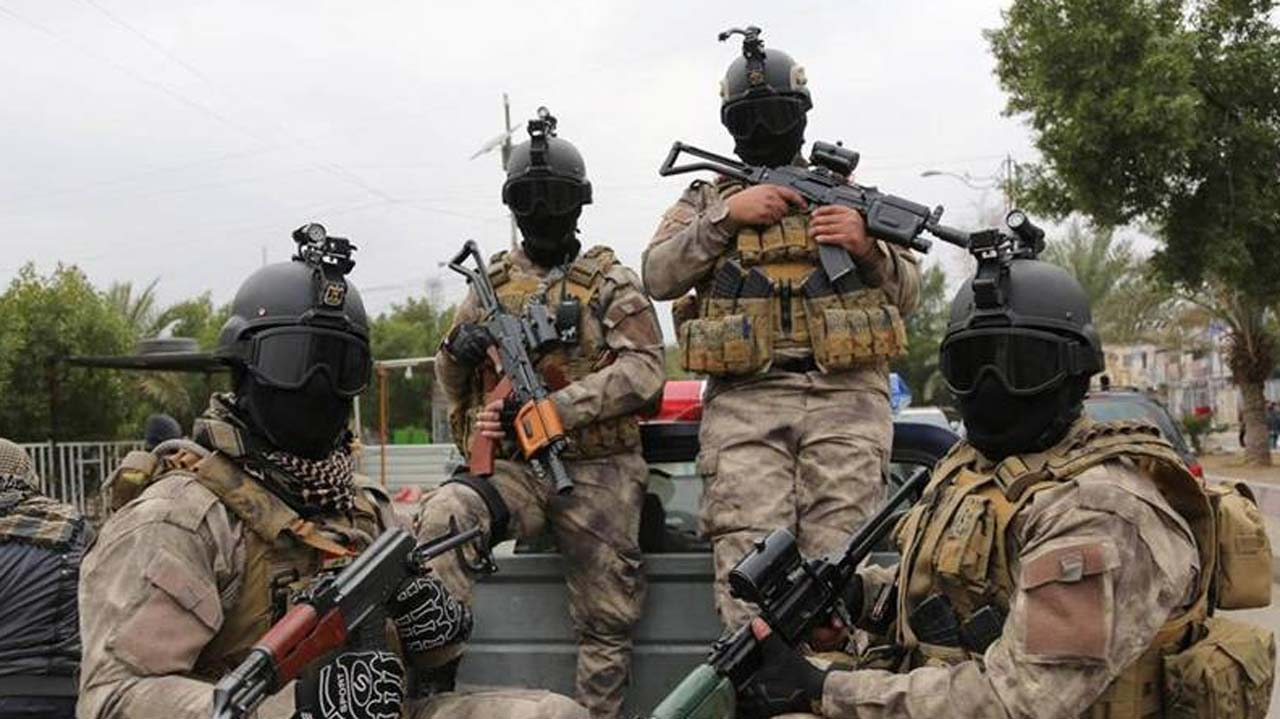 Conscript kills 4، injures 8 in insider attack in Iranian military base